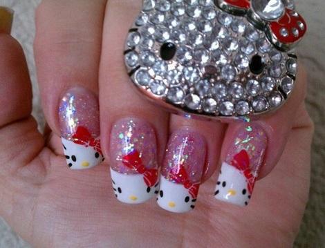 decorar uñas hello kitty brillo