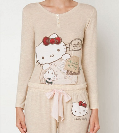 pijamas hello kitty oysho beige